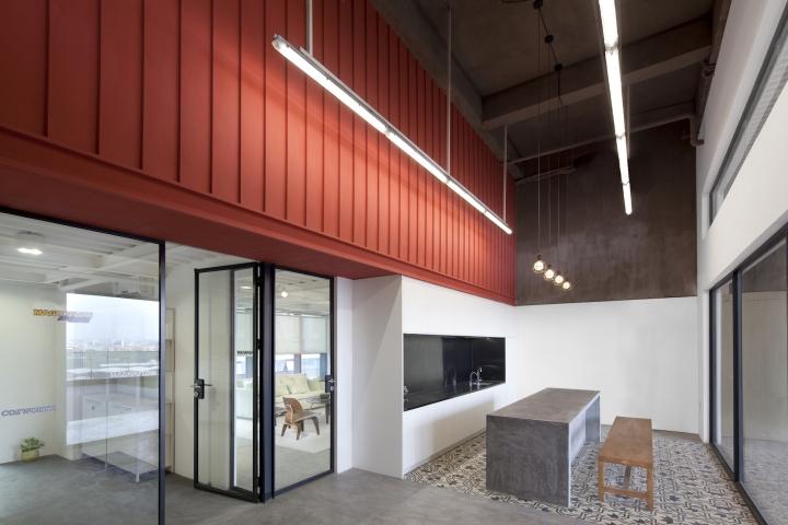 Футуристичный интерьер современного офиса в Китае