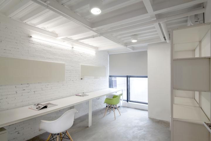 Футуристичный интерьер современного офиса в Китае. Фото 1
