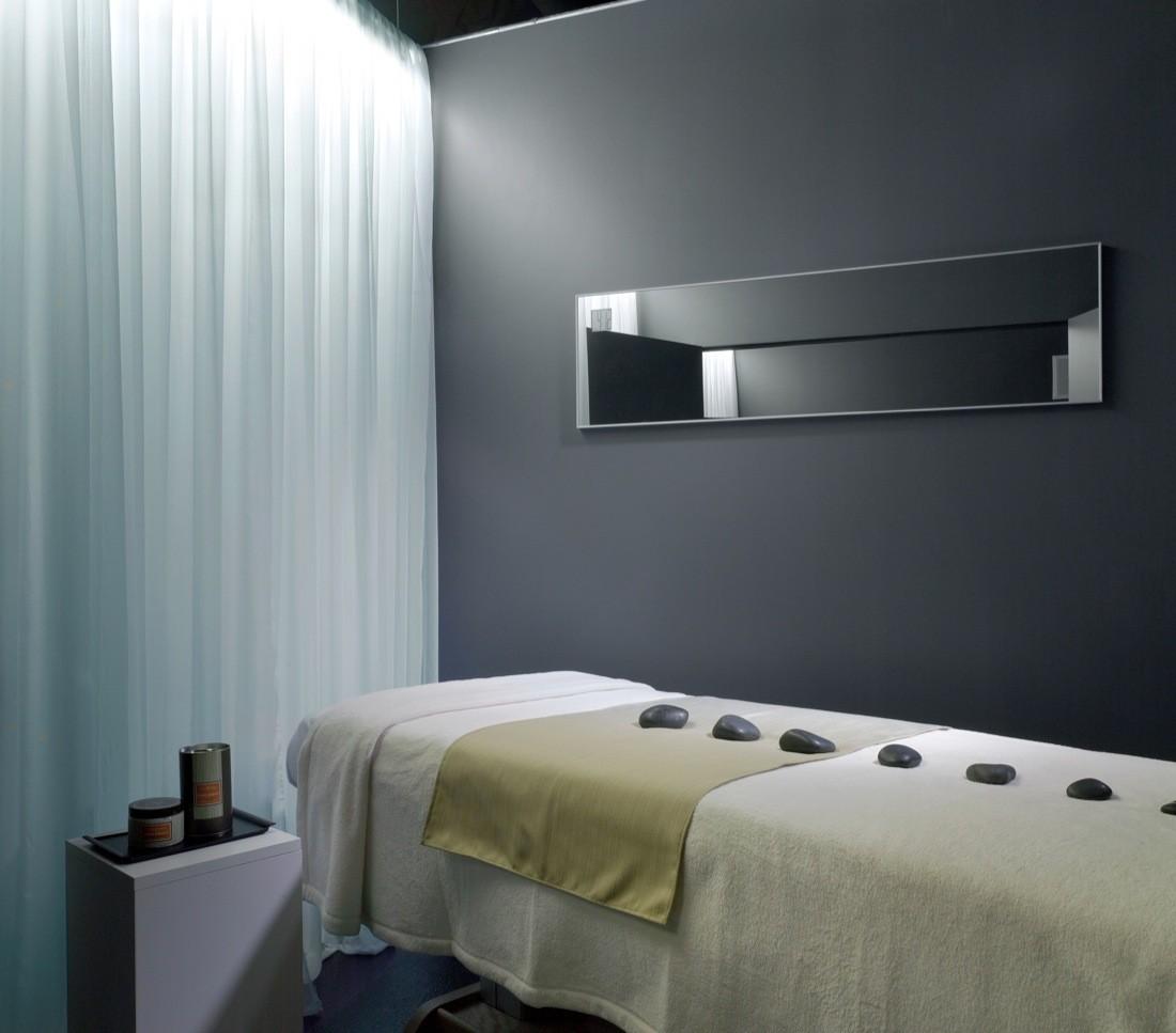 Интерьер спа-салона: отдельная VIP-комната для массажа