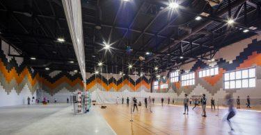 Уникальный интерьер спортивного комплекса как образец современных архитектурных тенденций