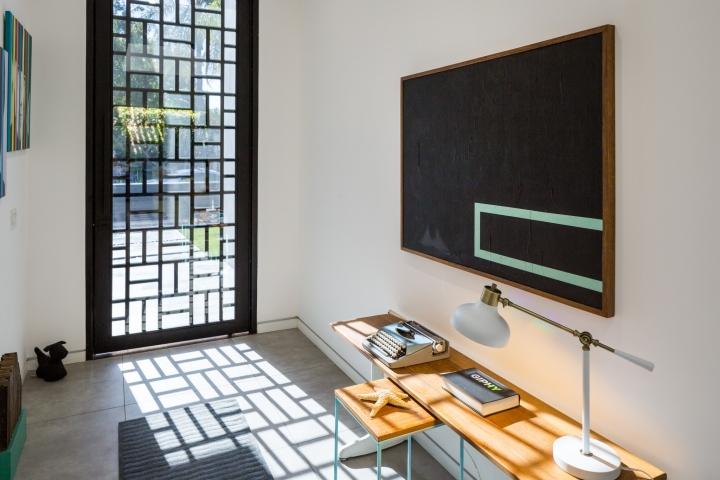 Интерьер временного офиса: узор окна прямоугольниками