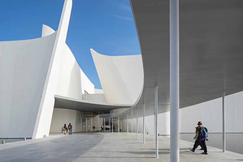 Оригинальный интерьер современных музеев - Фото 2