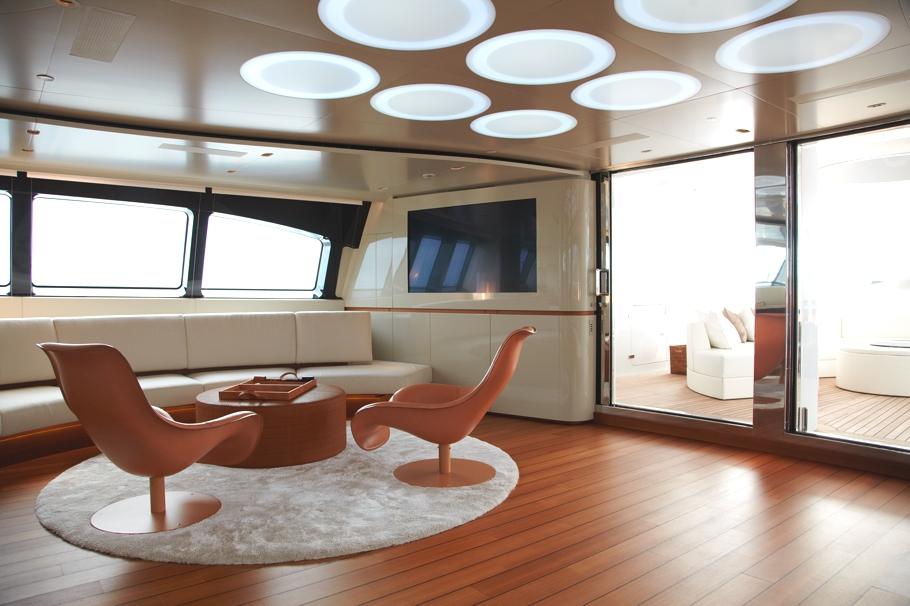 Итальянская яхта Panthalassa просторная и светлая - фото 1