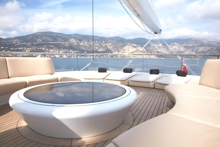 Итальянская яхта Panthalassa просторная и светлая - фото 2