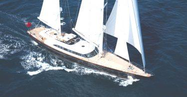 Итальянская яхта Panthalassa от компании Perini Navi SpA