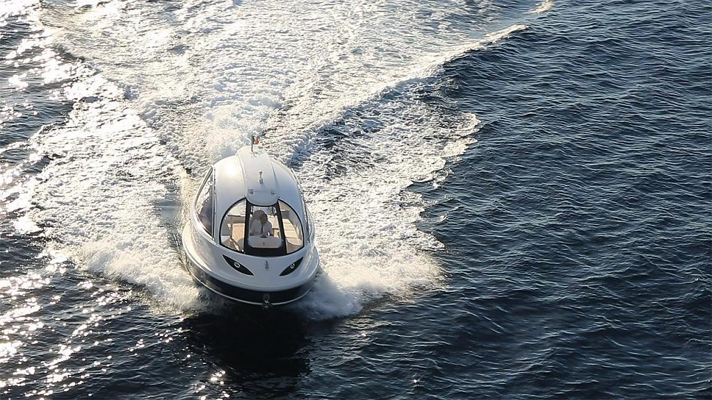 Мини-яхты Jet Capsule от итальянского конструктора Pierpaolo Lazzarini - фото 2