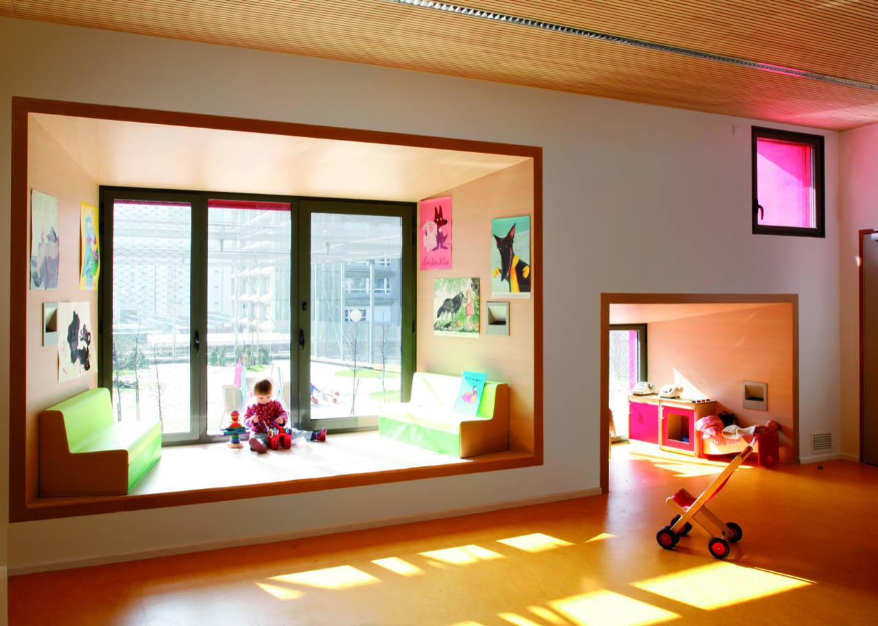 Мебель и интерьеры, созданные по мотивам Алисы в стране
