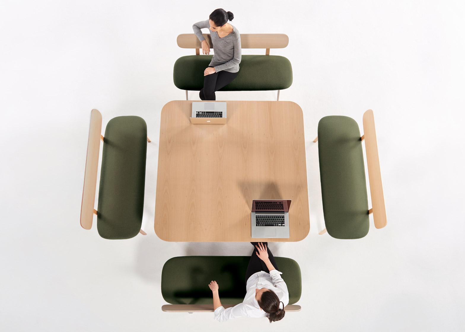 Коллекция офисной мебели: скамьи с зелёным сидением