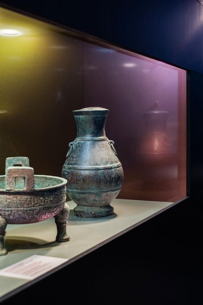 Выставка в историческом музее: предметы быта, найденные при раскопках