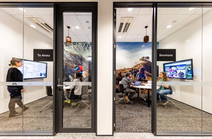 Комфортный офис компании Kathmandu - ценности компании в дизайне