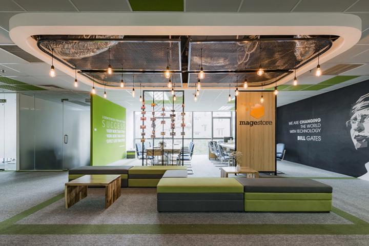 Комфортный офис в зеленых тонах в Ханое