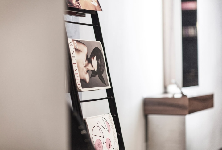 Красивый интерьер салона красоты: стильные мелочи