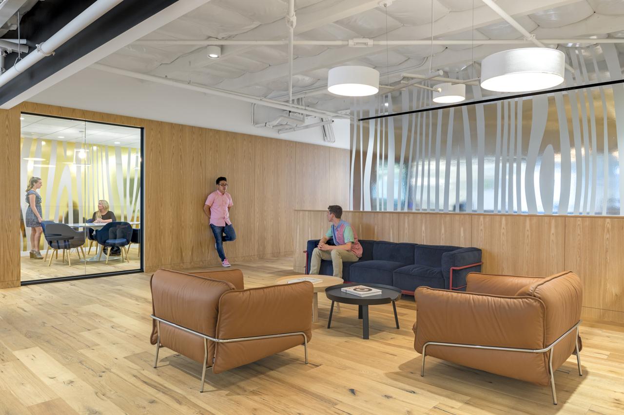 Креативное оформление офиса - Фото 13