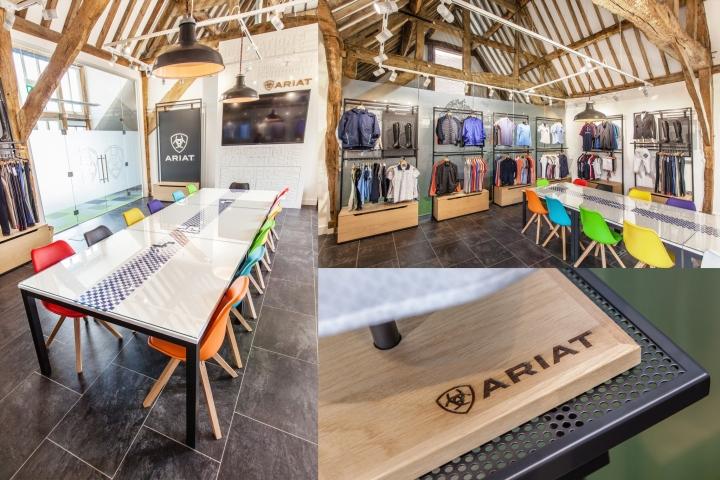 Креативное оформление офиса Ariat - стол в выставочном зале