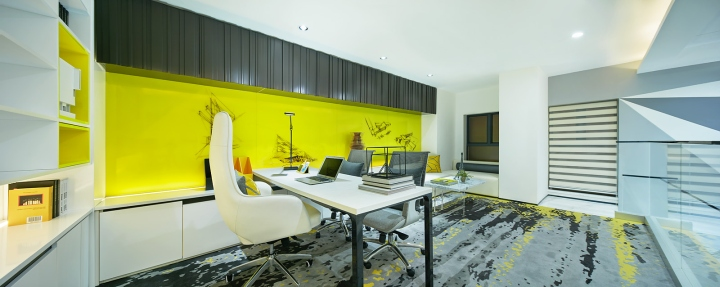 Стильный дизайн кабинета в креативном оформлении офиса - Фото 4