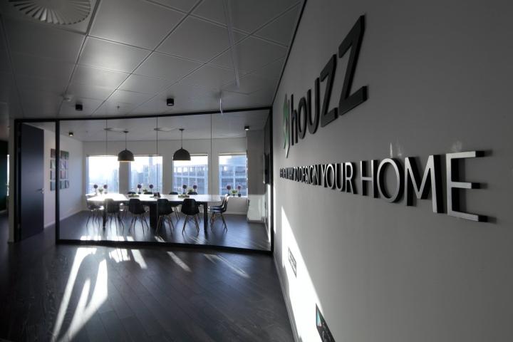 Стеклянные перегородки в дизайне офиса