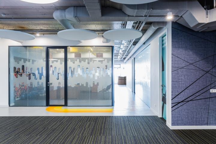 Креативные идеи для офиса –Вариации напольного покрытия