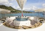 Роскошный интерьер крейсерной яхты