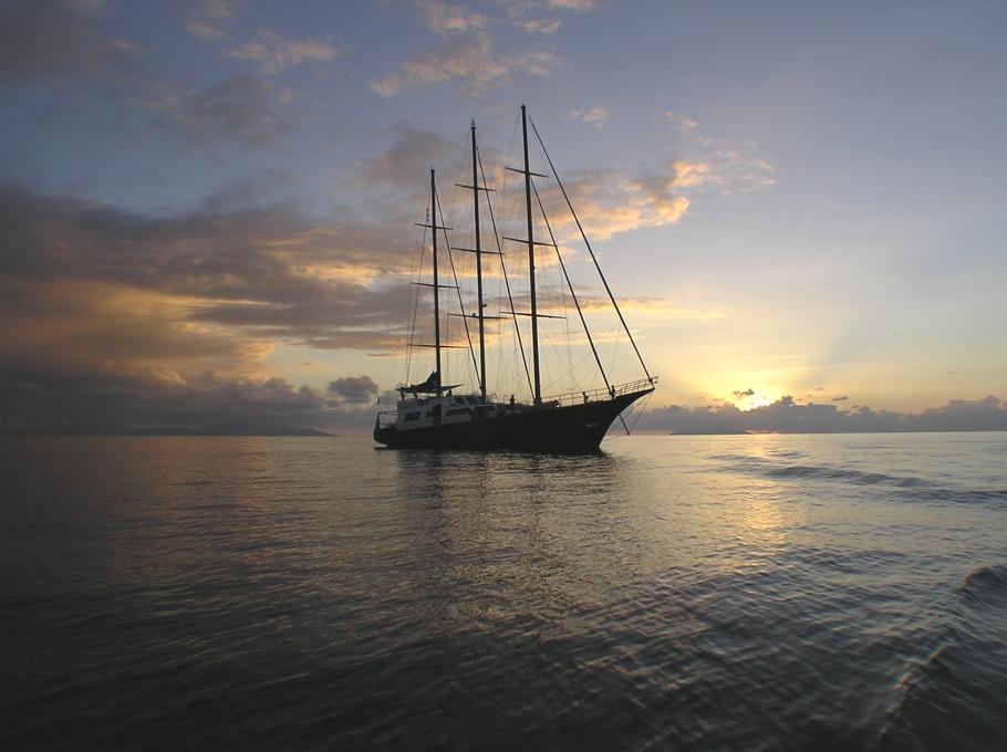 Круизная яхта для путешествия по Сейшельскому архипелагу - фото 1