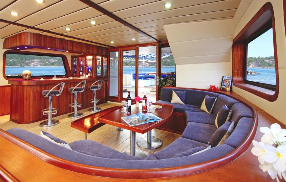Интерьер круизной яхты - фото 2