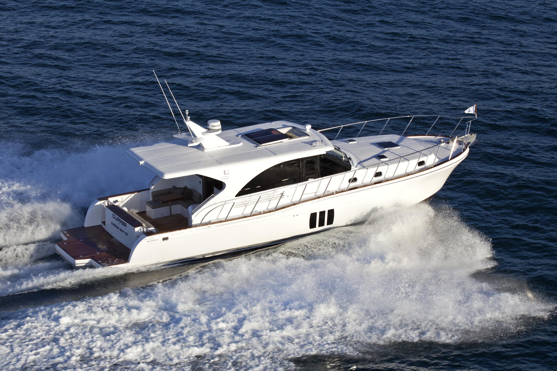 Круизная яхта Hudson Bay 50 sedan cruiser