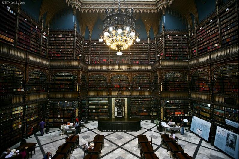 Библиотека из Рио-де-Жанейро,Бразилия