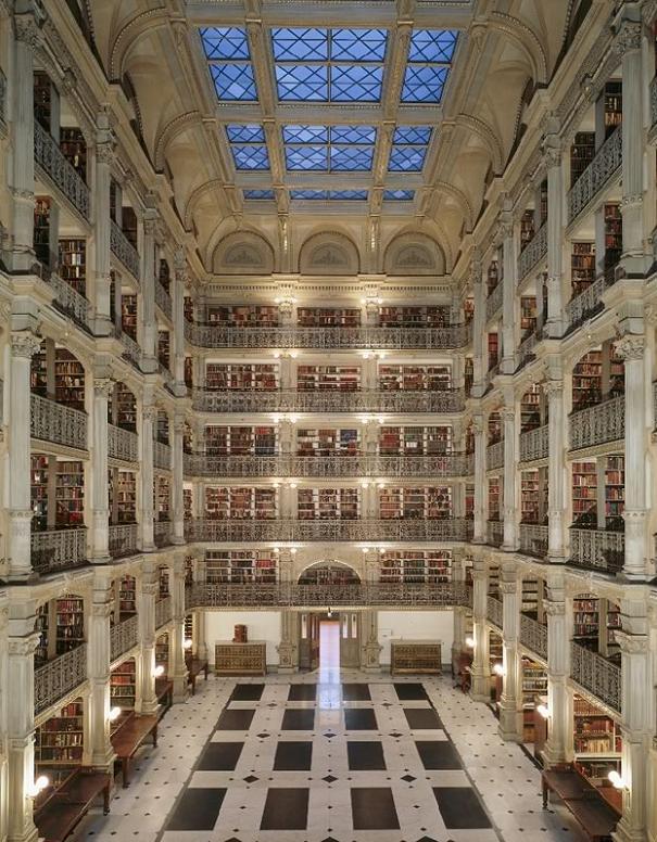 Библиотека George Peabody,Балтимор, Мэриленд