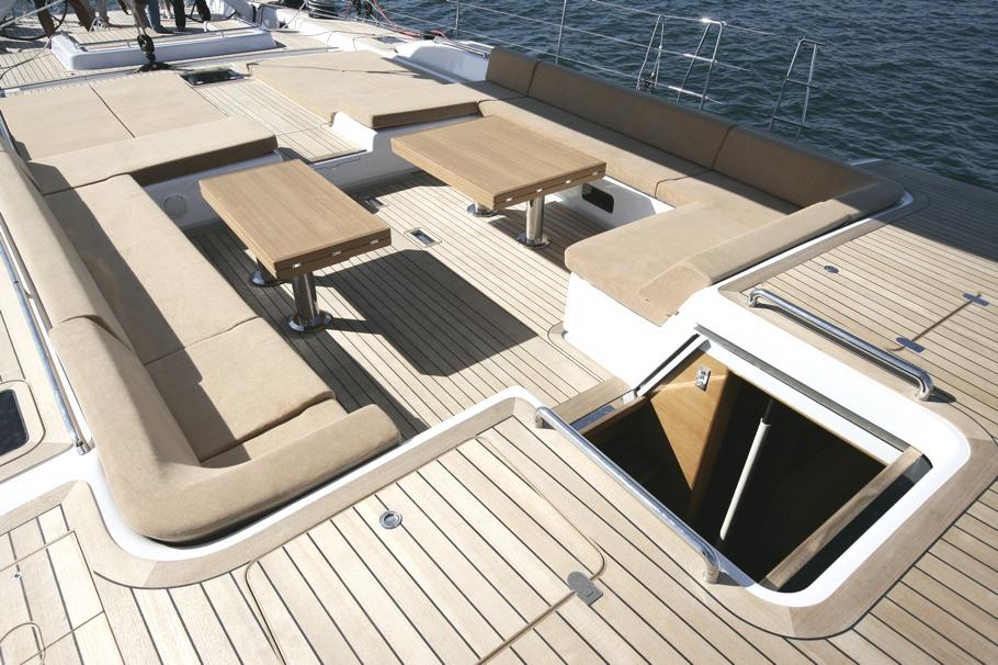 Парусная яхта Thalima: место для отдыха на палубе - фото 2