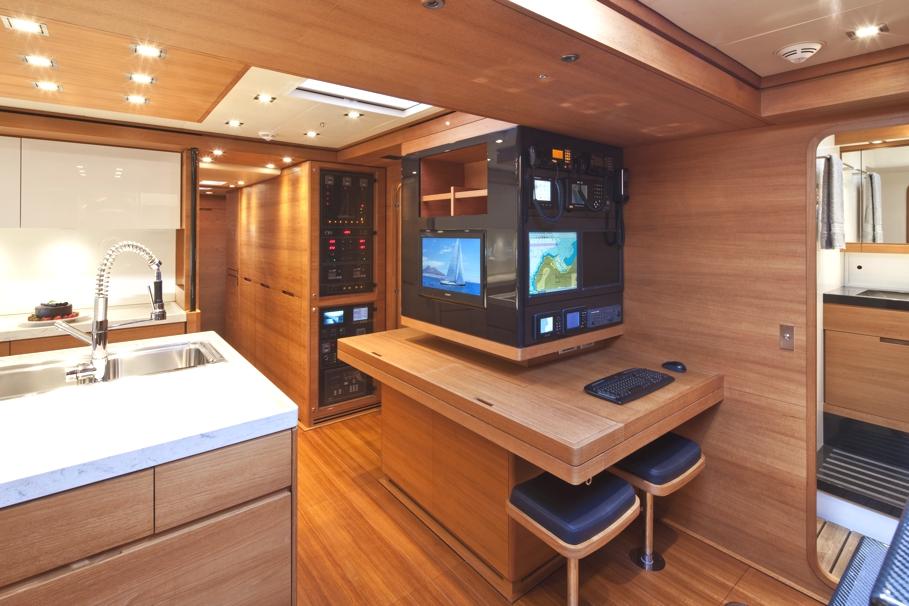 Итальянский стиль интерьера парусной яхты Thalima - фото 1