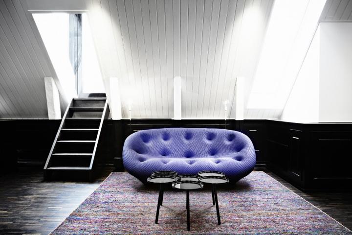 Оригинальный офис для консультаций компании «Megde» на чердаке