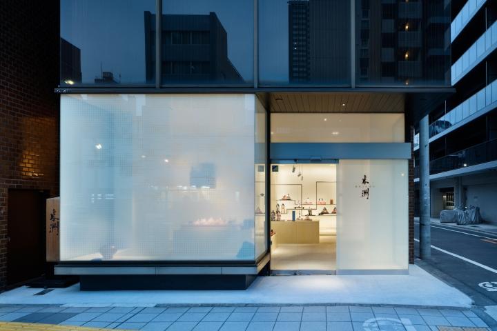 Интерьер галереи в стиле минимализм - фото 9