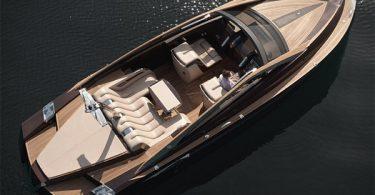 Роскошная моторная лодка Antagonist