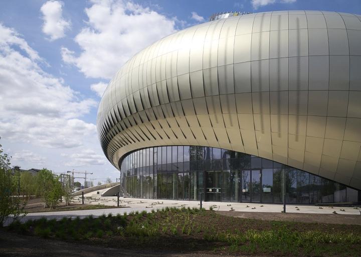 Музей вина: изогнутый фасад - фото 6