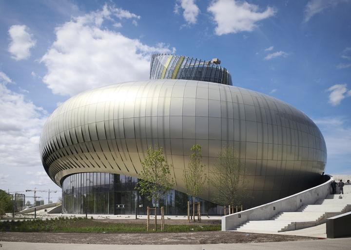 Музей вина: изогнутый фасад - фото 10