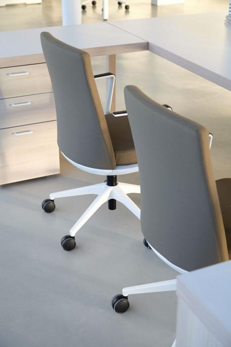 Стулья для офиса, фото модели Cron. Фото 3