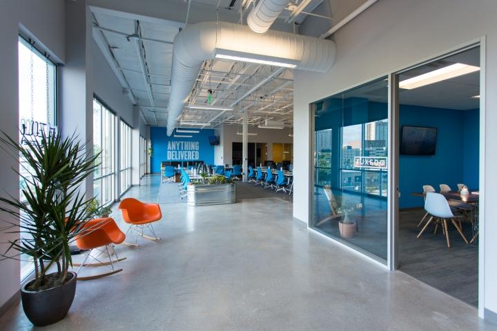 Обустройство офиса в Техасе, США: рабочие помещения