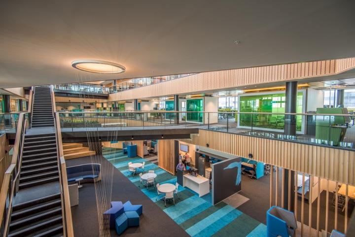 Офис для совместной работы компании Trustpower - вид со второго этажа