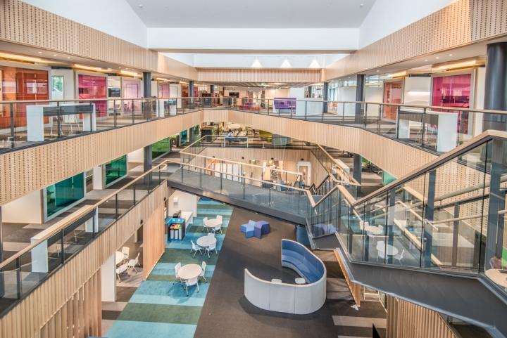 Офис для совместной работы компании Trustpower - вид с третьего этажа. Фото 2