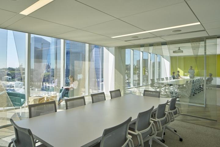 Конференц-зал с красивым интерьером