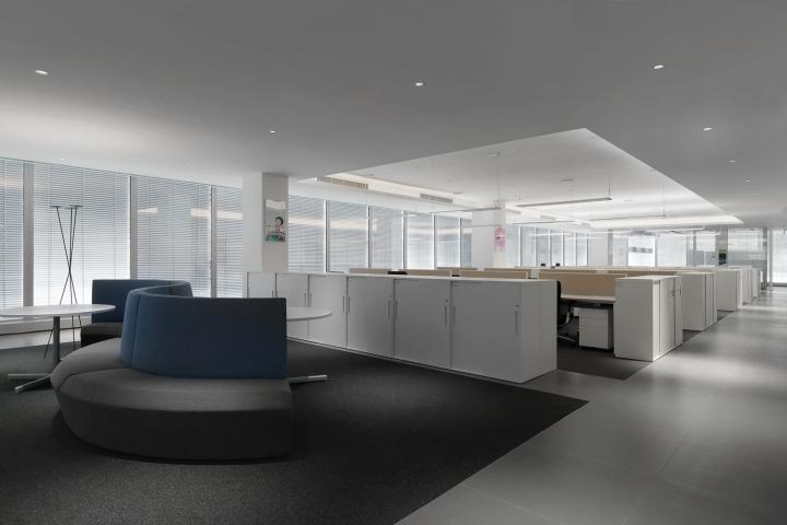 Офис с красивым интерьером в Шанхае, Китай: общий вид на офис