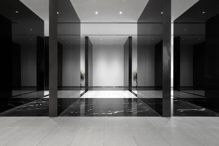 Офис с красивым интерьером в Шанхае, Китай: зеркальный эффект