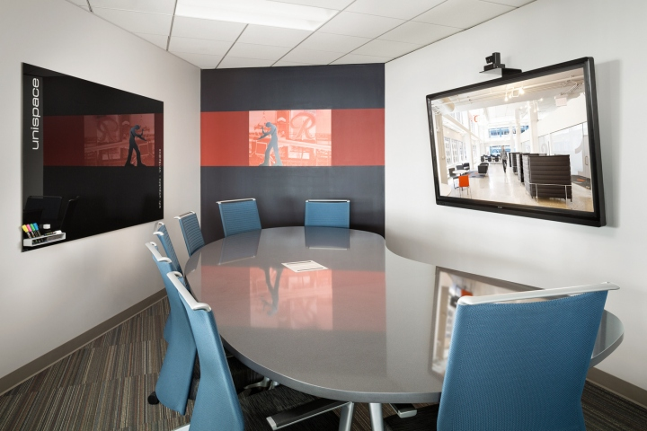 Офис в небоскрёбе в США - зал для конференций