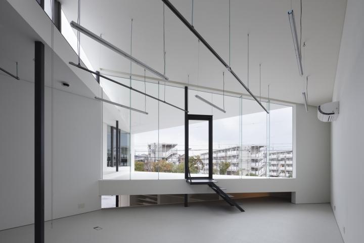 Белые стены в дизайне офиса