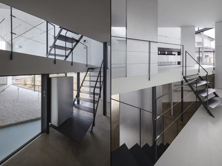Чёрная лестница в дизайне офиса