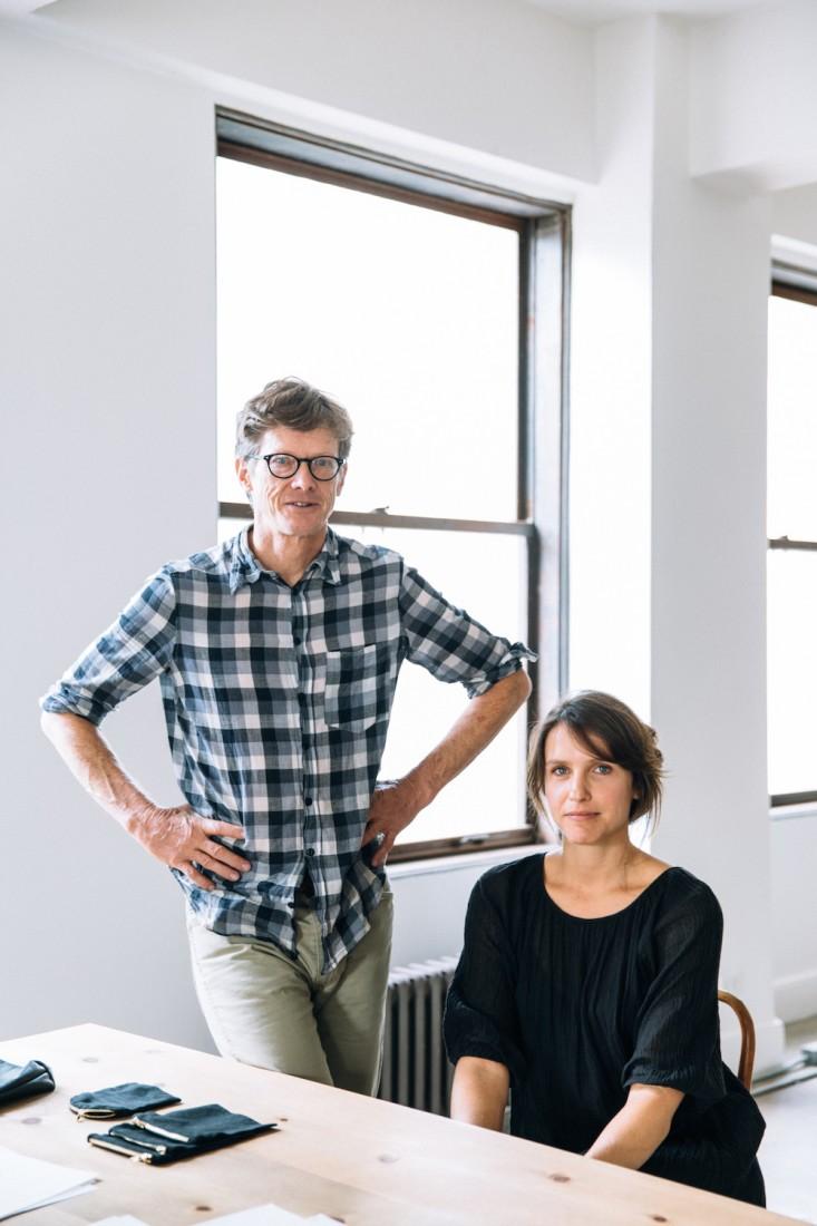 Дизайнеры интерьера офиса Линдон Шульц и Шэй Уайк