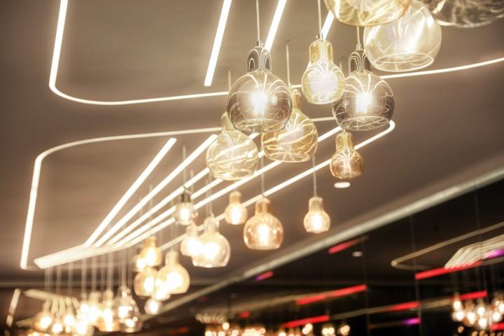 Оформление кинотеатров: подвесные светильники