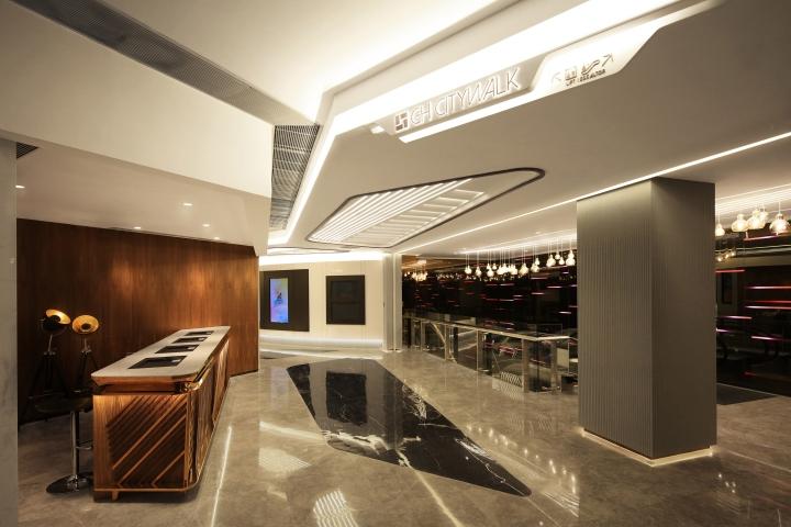 Оформление кинотеатров: многоуровневый потолок