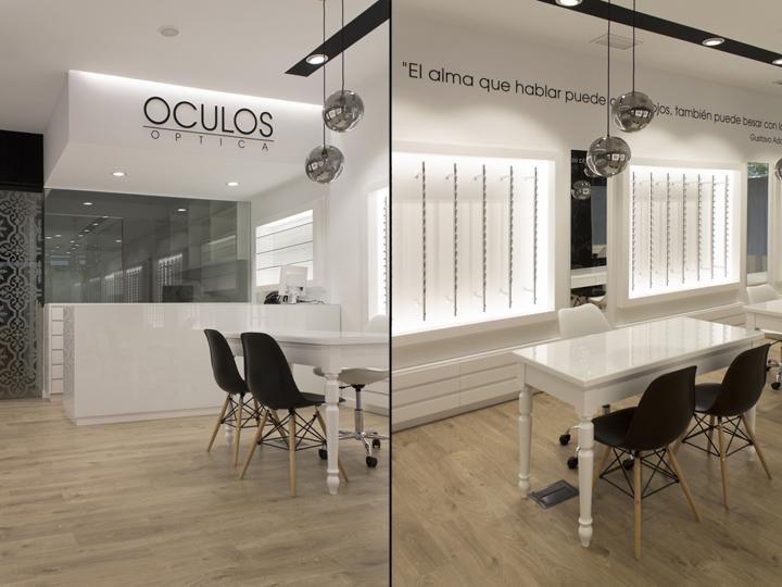 Оформление салона оптики в Виго - чёрно-белый интерьер магазина. Фото 3