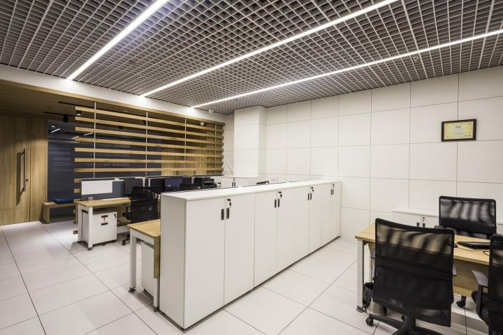 Оригинальный интерьер офиса для индийской компании: рабочие места