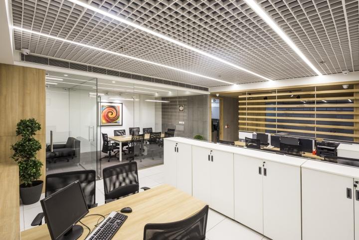 Оригинальный интерьер офиса для индийской компании: конференц-зал